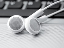 37% Internet Users Listen To Podcasts