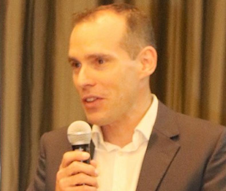 Stephen Hillebrand